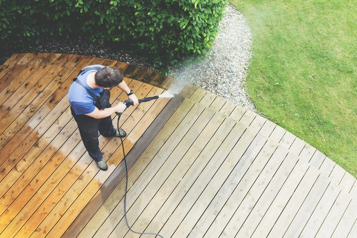 What Time of Year Is Best for Pressure Washing?